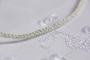 コットン糸三つ編み